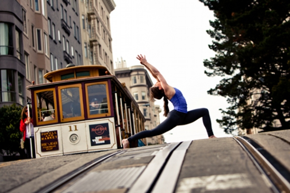 yoga-journal-conference-san-francisco-street-yoga1